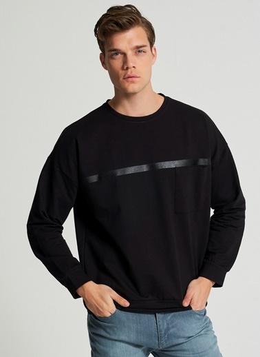 Pi π Cep Ve Baskı Detaylı Sweatshirt Siyah